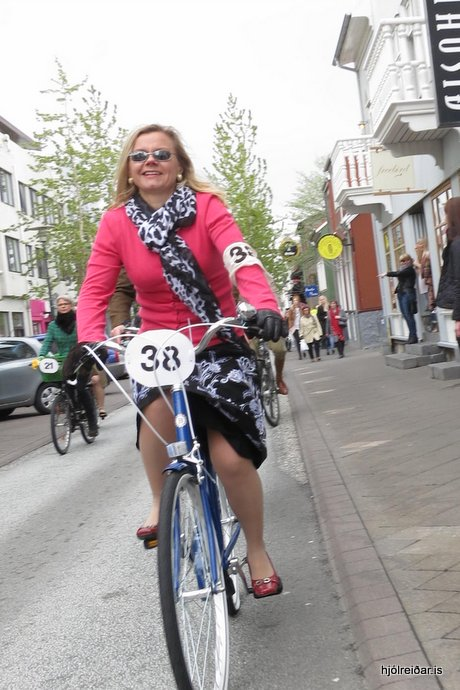 Tweed Ride - niður Bankastræti